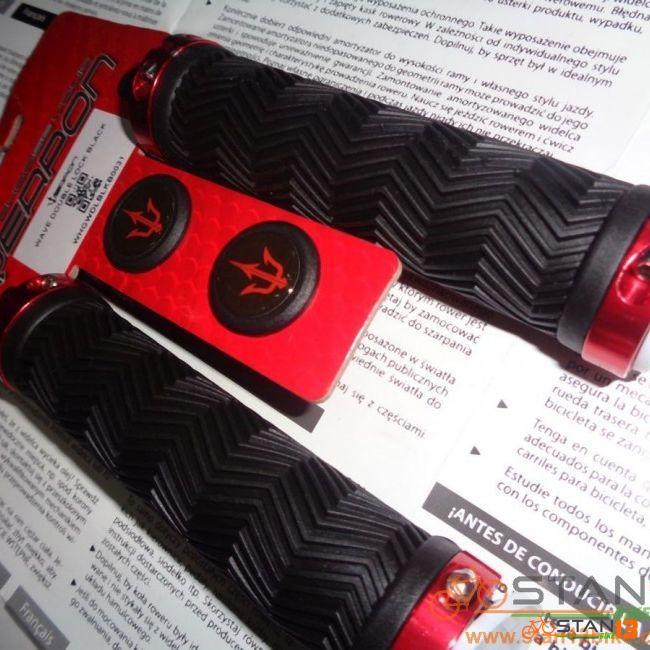 Grip Weapon Wave Double Lock