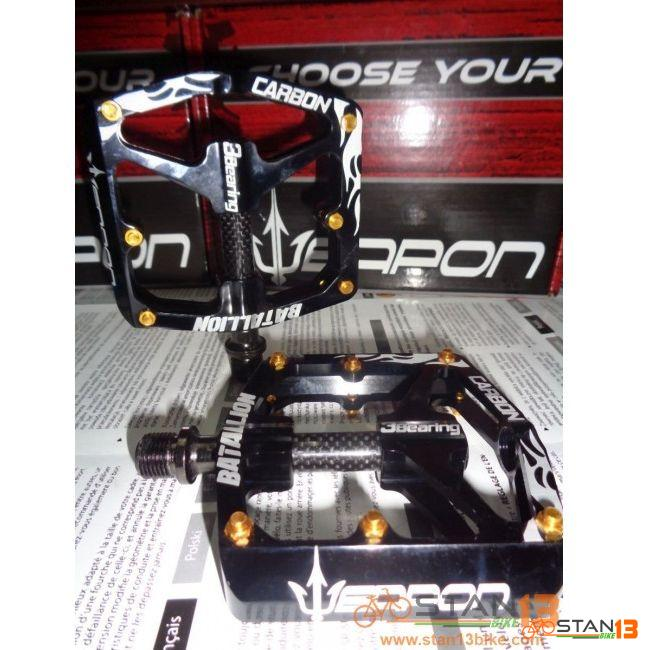 Pedal Weapon Batallion 3 Sealed Bearing Pedal CARBON Axle Super Smooth TEXT For DISCOUNT