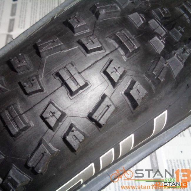Tire Schwalbe Nobby Nic 29 x 2.25 Folding