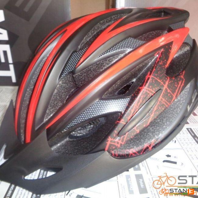 Helmet La Bici Skyline In Mold with Stripe DECALS with Light with Adjuster
