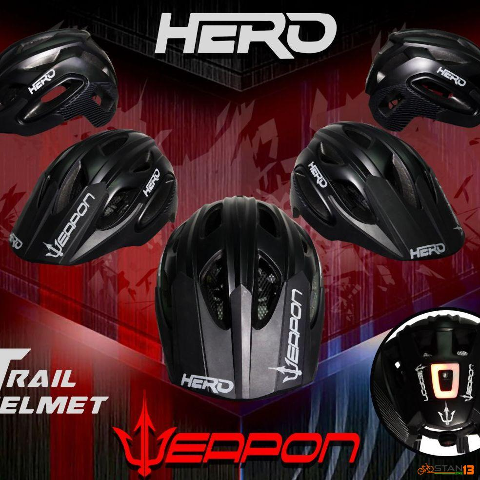 Helmet Weapon Hero Trail Helmet with Light