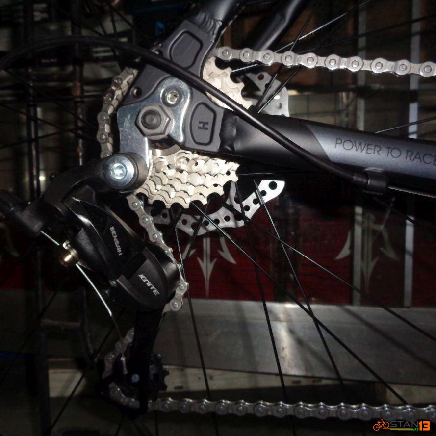 Sunrace SR2 9 Speed Alloy Cyclocross Bike