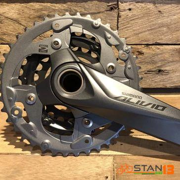 Crank Shimano Alivio 3x M4050 with BB Hollowtech 40 - 30 - 22T